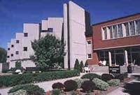 ウィルフライドローリアー大学